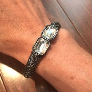 Jewelry - Stretchy gunmetal black bracelet with jewels